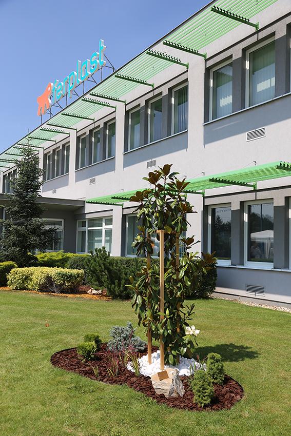 ferplast-slovacchia-azienda-famigliare-pranzo-vaccari-carlo-festeggiamenti-10anni-albero