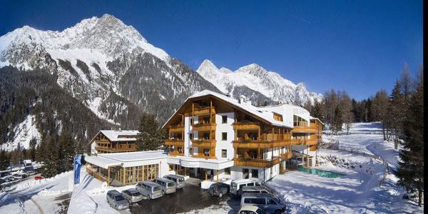 antholz-hotel-winter~-~1350w