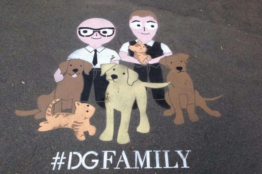 dolce_gabbana_graffiti_family