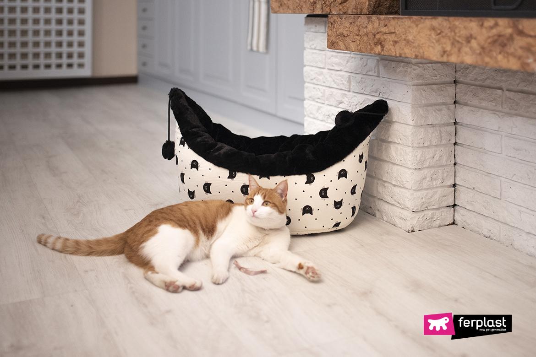 Лежаки и кровати для кошек