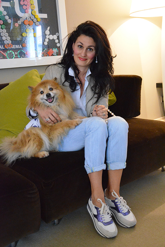 look-per-lei-e-per-fido-t-shirt-colorate-cani-ferplast-moda-canina