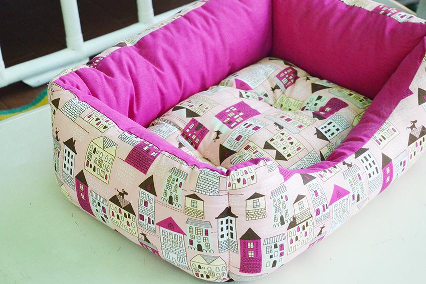 penny-e-luna-simil-certosine-trovatelle-cuscino-ferplast-coccolo-divanetto