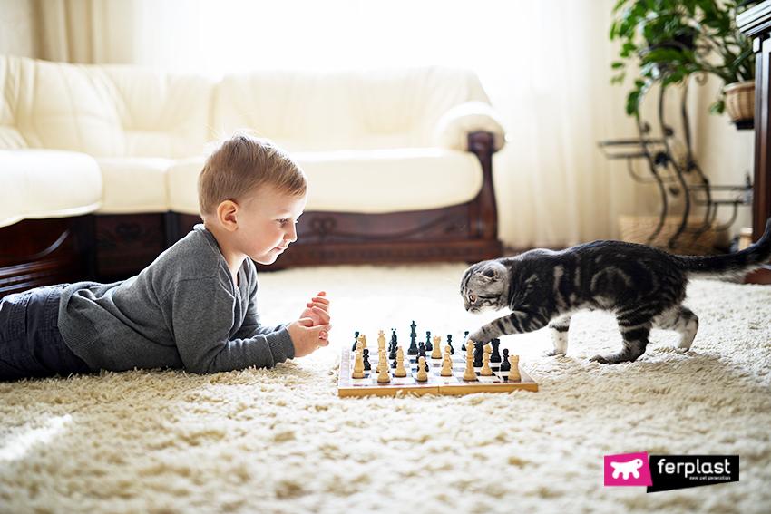 gatti_bambini_empatia_rispetto_benefici